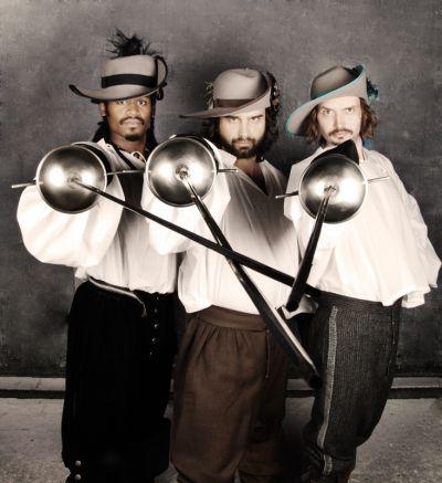 Description The Three Musketeers Fairbanks.jpg